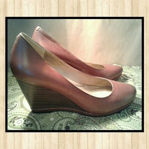 ME TOO size 8.5 Leather Wedge Heels